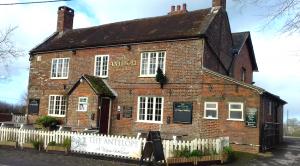 Hazelbury Bryan pub